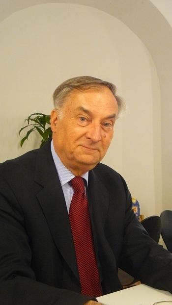 Dr. phil. habil. Jochen Golz
